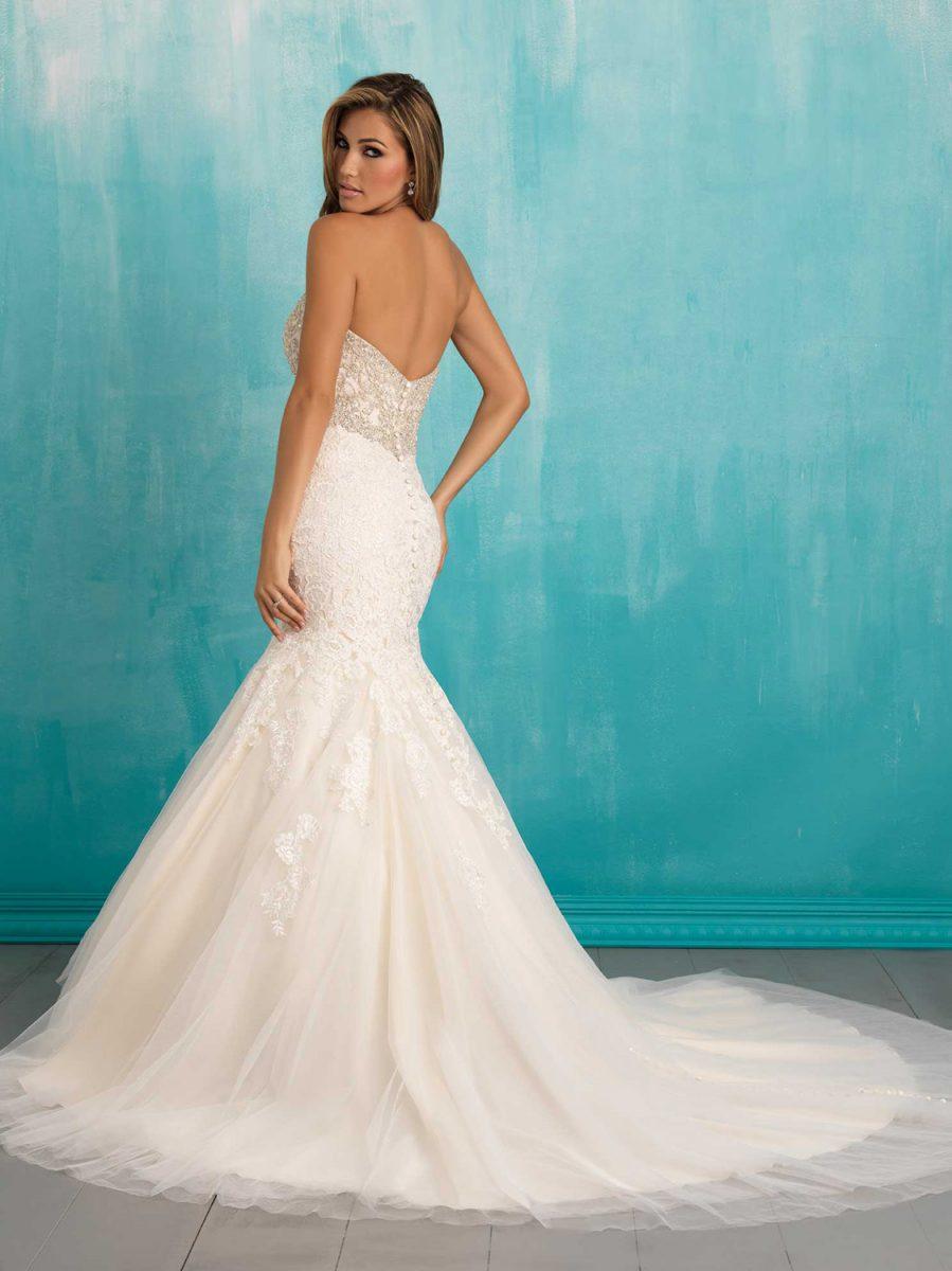 Spring 2016 Dress - Ashley Rene\'s | The Wedding Mag