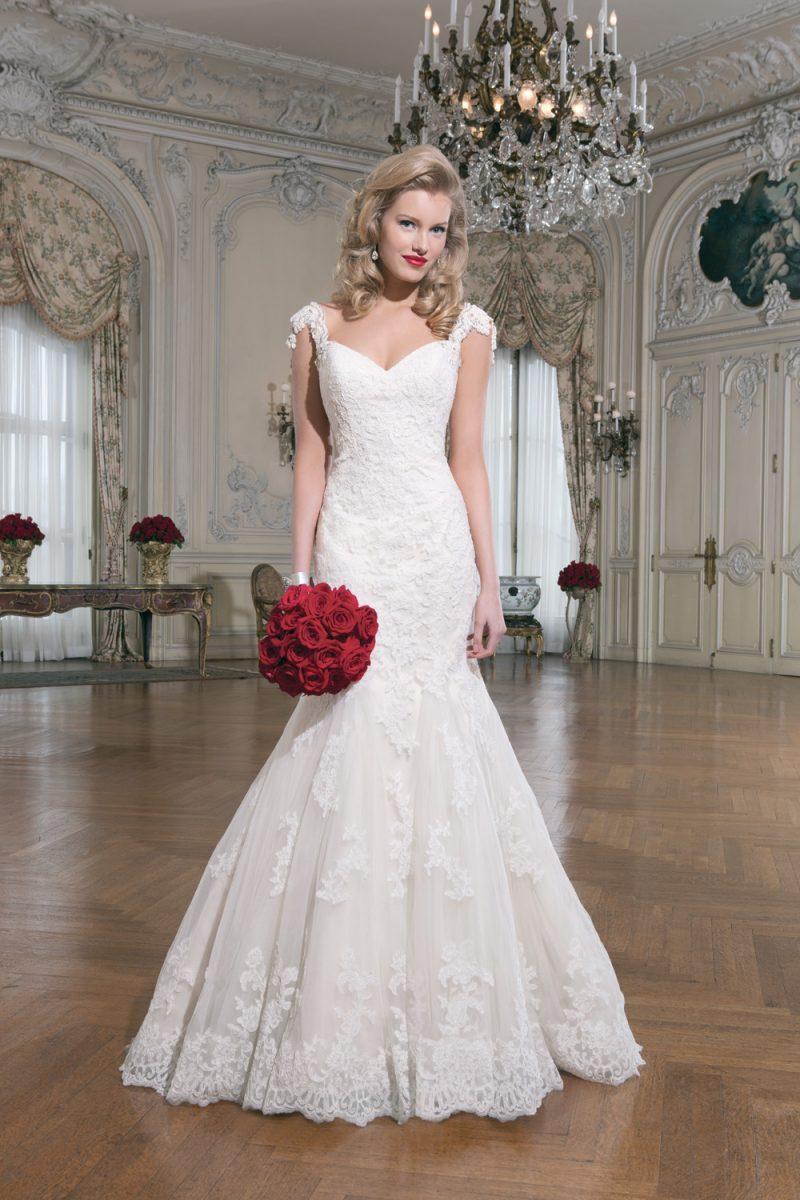 Spring 2015 Dress - Blushing Bride on 17 | The Wedding Mag